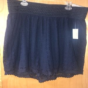 Lace dress shorts